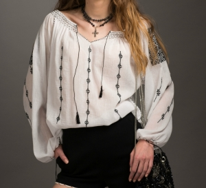 Blouse Roumaine Traditional Handmade Embroidery Theodora