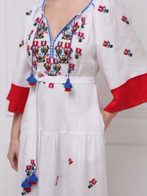 Bohemian Ukrainian inspired Omelia Chic maxi dress Foberini
