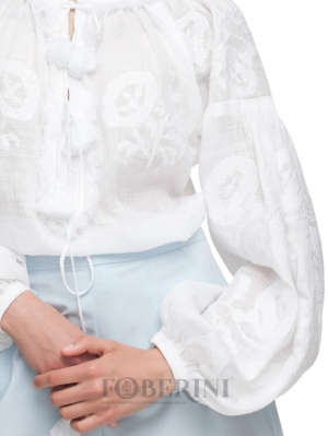 Embroidered blouse vyshyvanka cut style Foberini White Lily in white