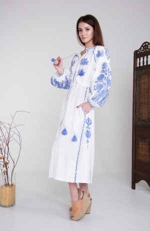 "Embroidered dress ""Tender Flower"""
