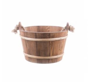 Ornament pentru gradină galeată din lemn cu mâner funie maro