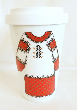 Porcelain Travel Mug Les Blouses Roumaine Collection Red