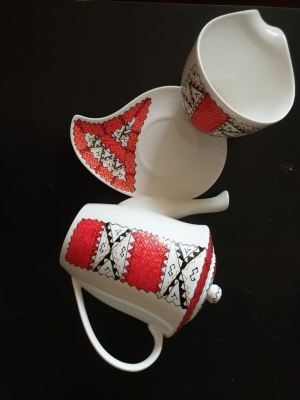 Romanian Folklore Hand painted Porcelain Coffee Teapot Set