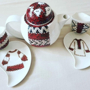 Romanian Porcelain Gift set Handpainted with Romanian folklore patterns -3 pieces