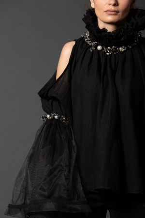 Strapless black Romanian Blouse IE Clothing