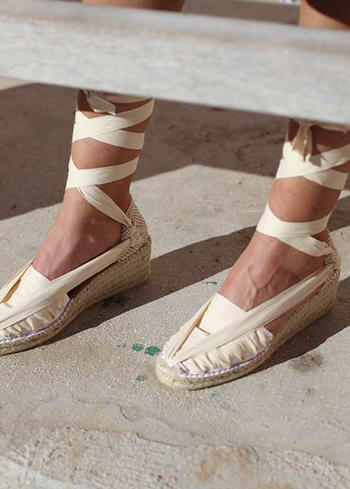 Barcelona  Handmade Traditional Espadrilles with Wedges and Laces in White