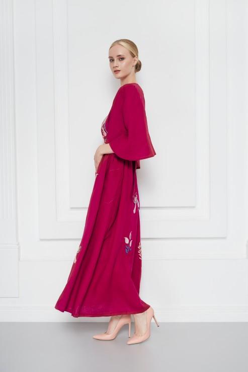 Boho Ukrainian linen dress in burgundy with ethnic floral motifs Foberini