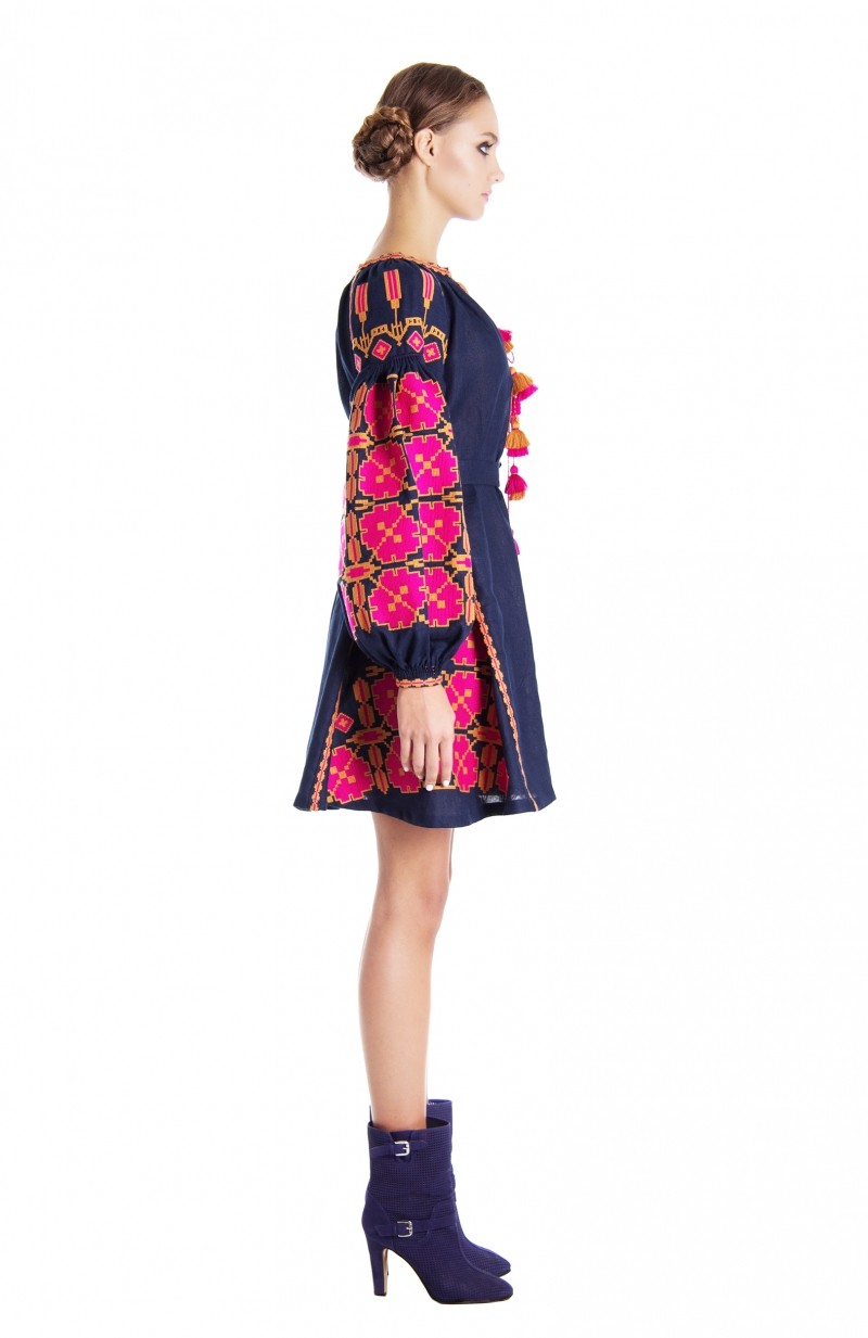 Embroidered dress Mallow