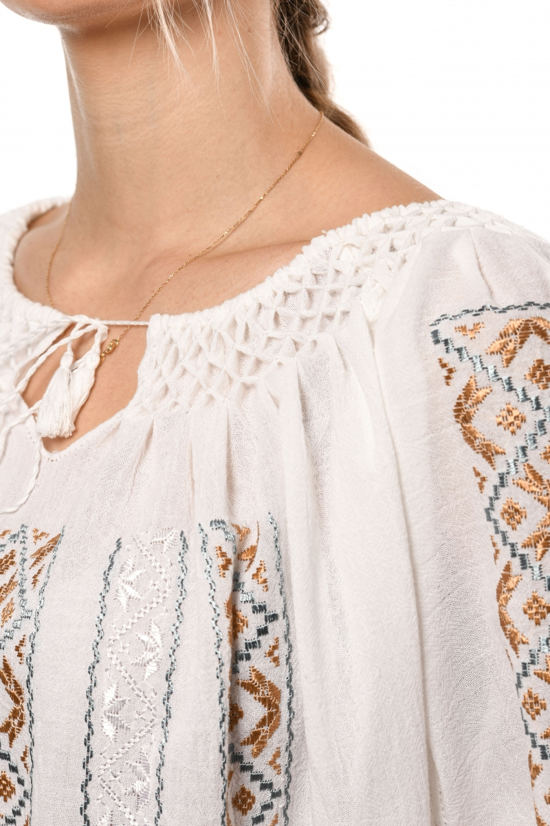 Embroidered peasant blouse folk model Buclava
