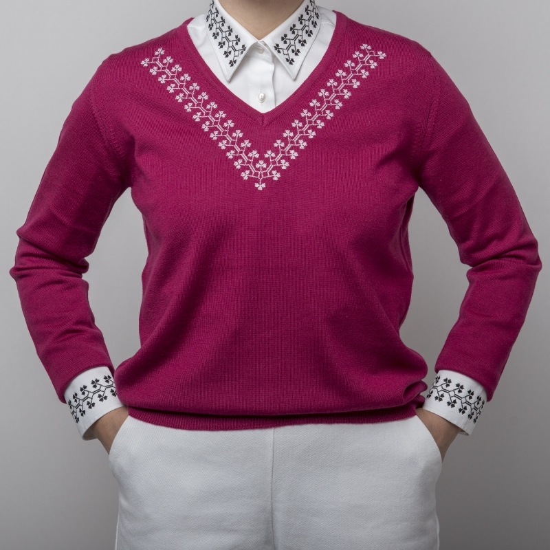 Embroidered sweater in Bordeaux Alisia Enco