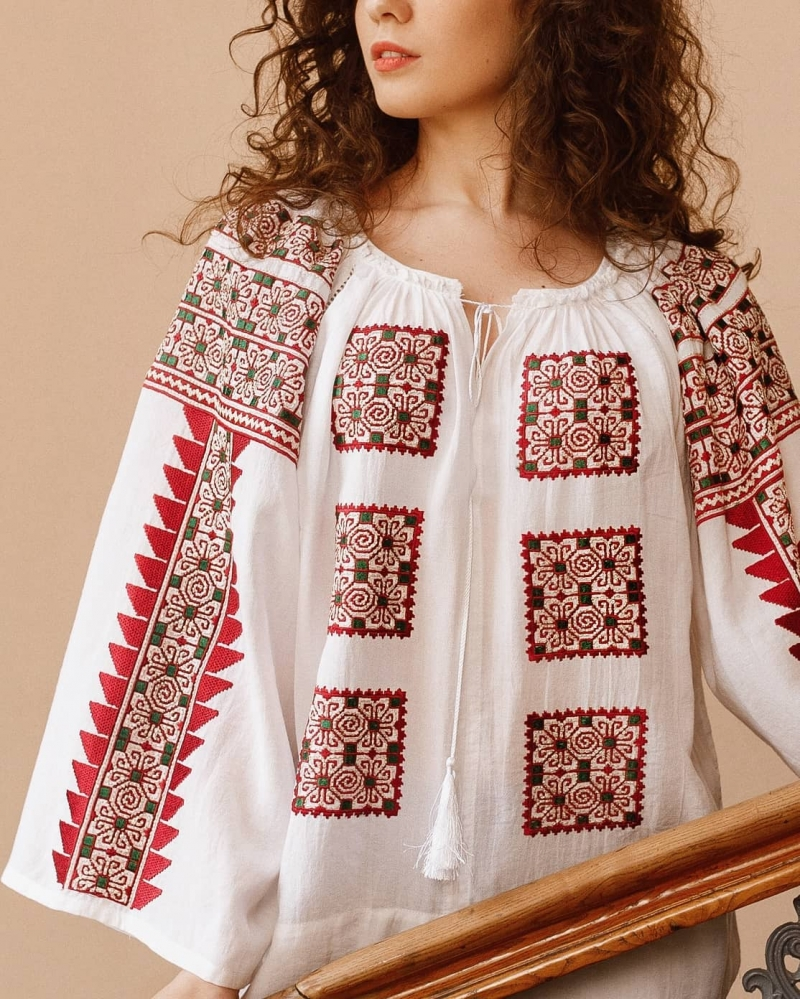 FLORII Beauty Emergence Folk Embroidery Blouse in Red