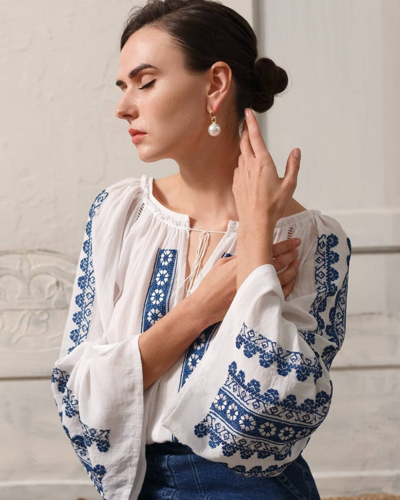 FLORII Flower Path Folk Peasant blouse style with floral embroidery Coffee Blue