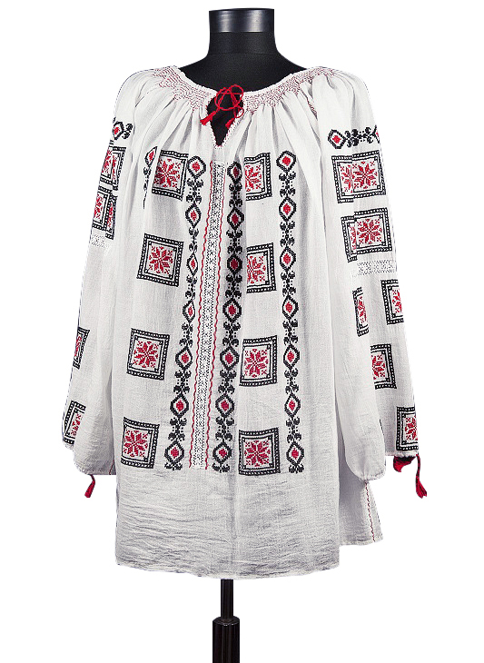 Handmade authentic traditional peasant blouse
