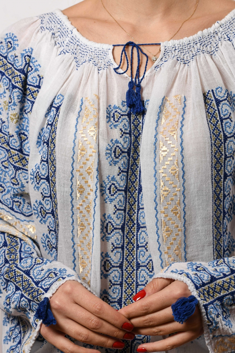 Romanian authentic traditional embroidery stitch blouse The Comb motif