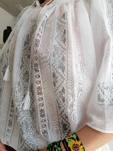 Romanian linen cloth embroidered top