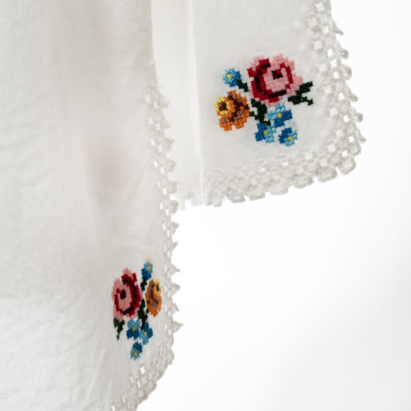 Romanian peasant blouse in white with flower embroidery made by artisans in Murmures S size