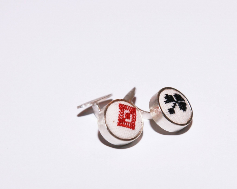 Silver cufflinks for men crafted with traditional motif sin red and black  Mihaela Ivana 100% Handmade