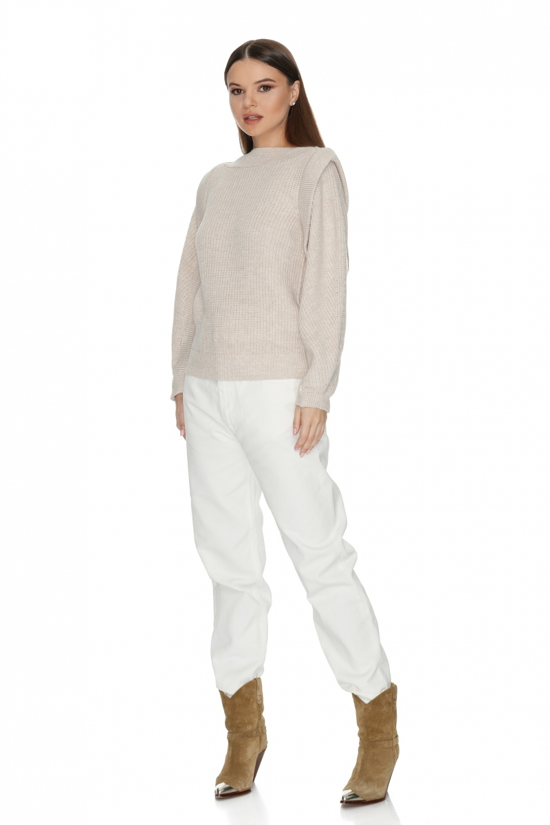 Stylish knitted long sleeved sweater in ecru