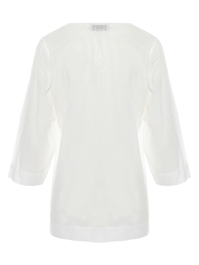 Summer embroidered cotton top model 1