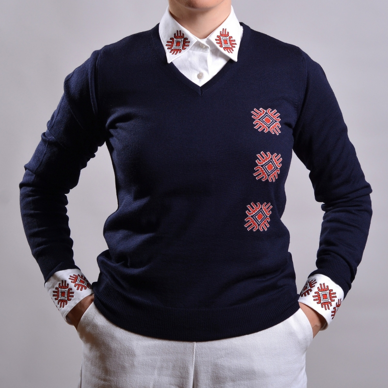 Sweater with embroidered motifs in blue Mayflower Alisia Enco