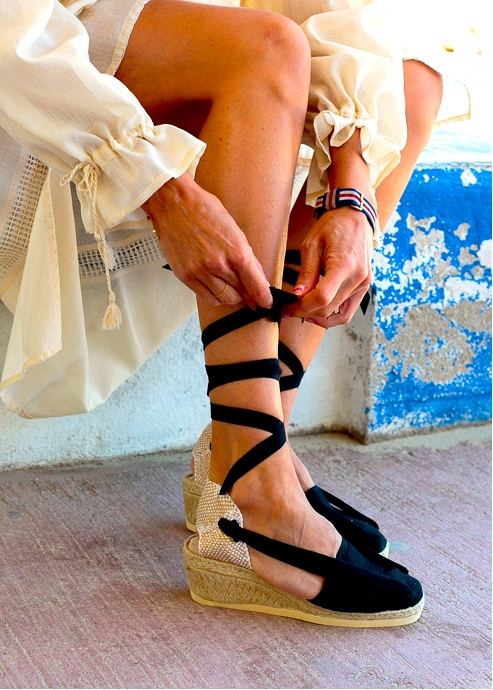 Traditional Catalan Espadrilles With Wedged Heels And Ribbons Handmade in Black